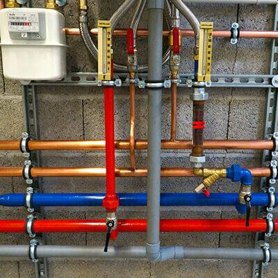 instalator-instalatii-tehnico-sanitare-gaze